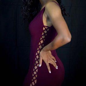 Jovani Burgandy size 2 Prom Dress